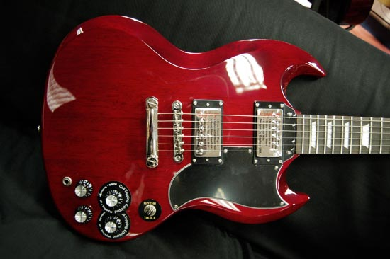 gearfeel reviews epiphone limited edition 1966 sg g 400. Black Bedroom Furniture Sets. Home Design Ideas